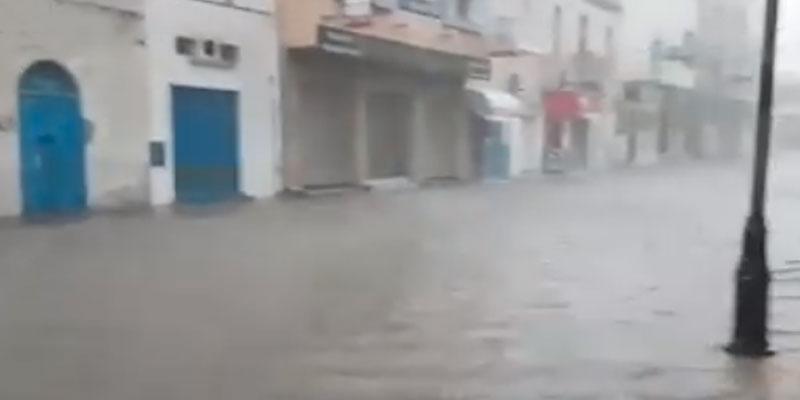 En vidéo : Les pluies diluviennes causent des inondations à Mahdia