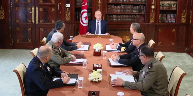 بالفيديو: قيس سعيّد يشرف على اجتماع المجلس الأعلى للجيوش